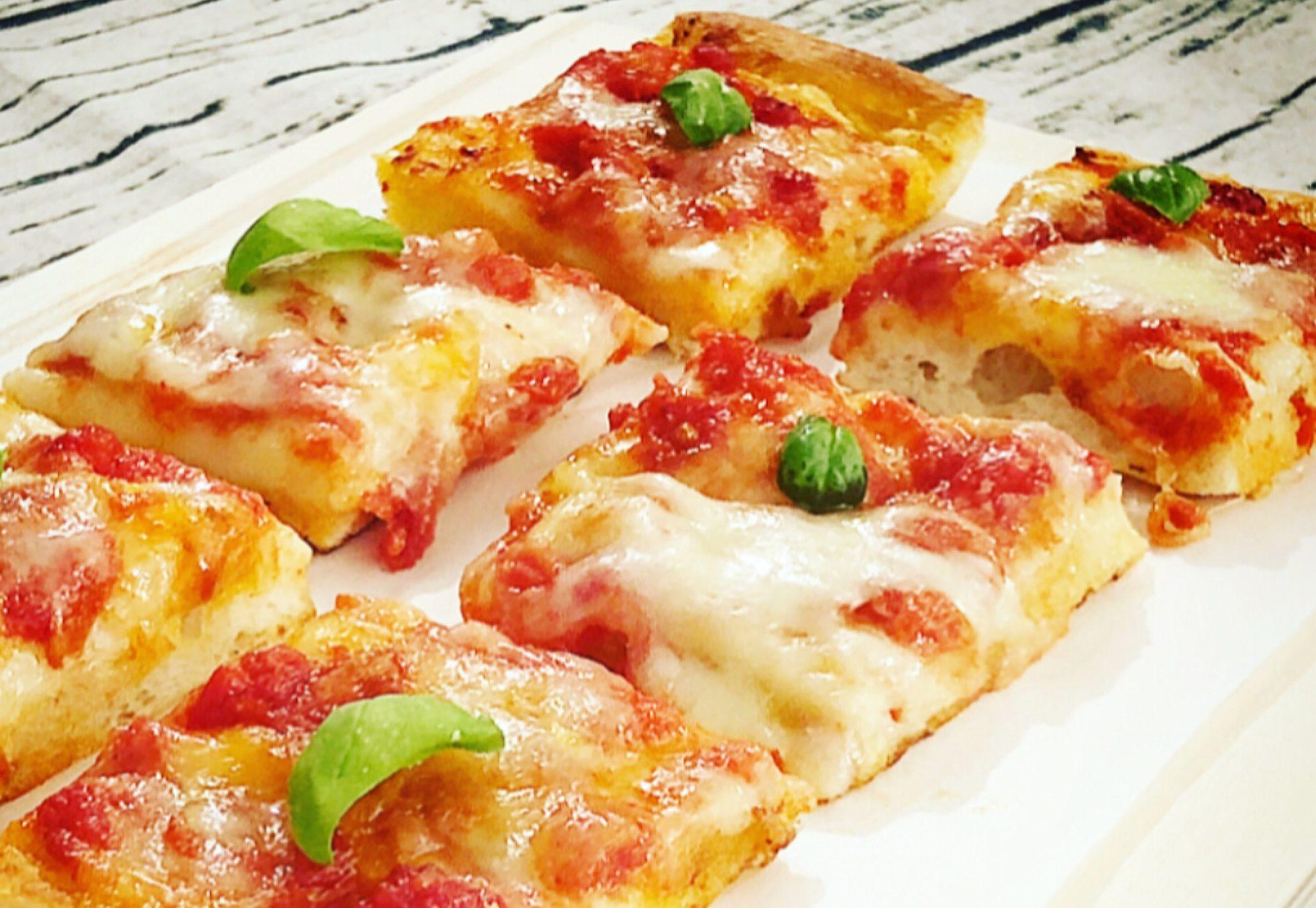 Ricetta Pizza Napoletana Lievito Secco.Pizza Margherita Occhioallapentola